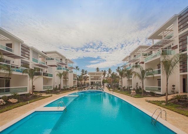 Costa Hermosa F202 - Walk to the Beach! - Image 1 - Punta Cana - rentals