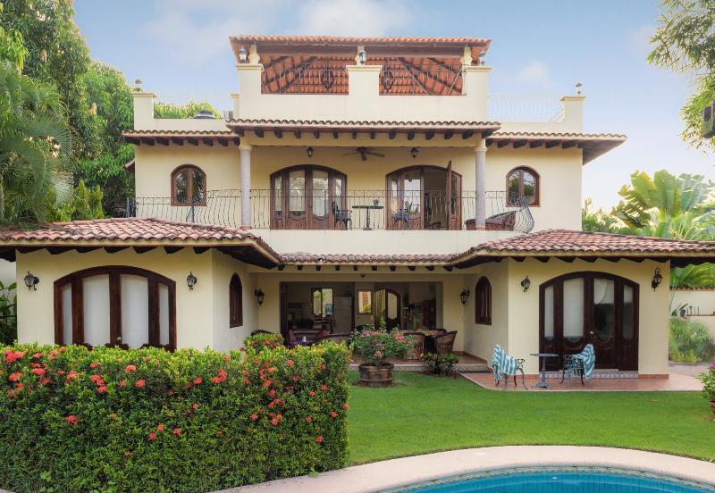 Casa Gala - 4-br Sayulita Villa--beautiful, Secure, Famous! - Sayulita - rentals