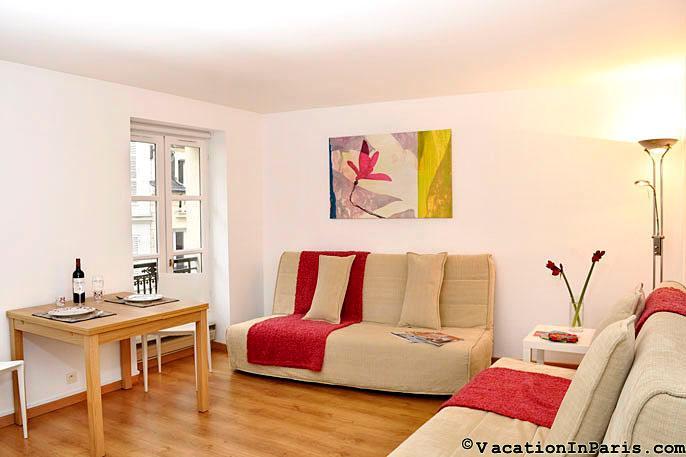 Studio Cler-Eiffel - Image 1 - Paris - rentals
