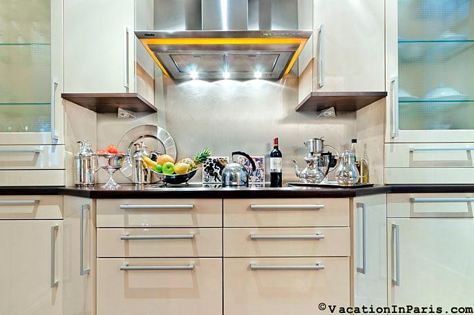 2 Bedroom Paris Apartment with Historic Splendor - Image 1 - Paris - rentals