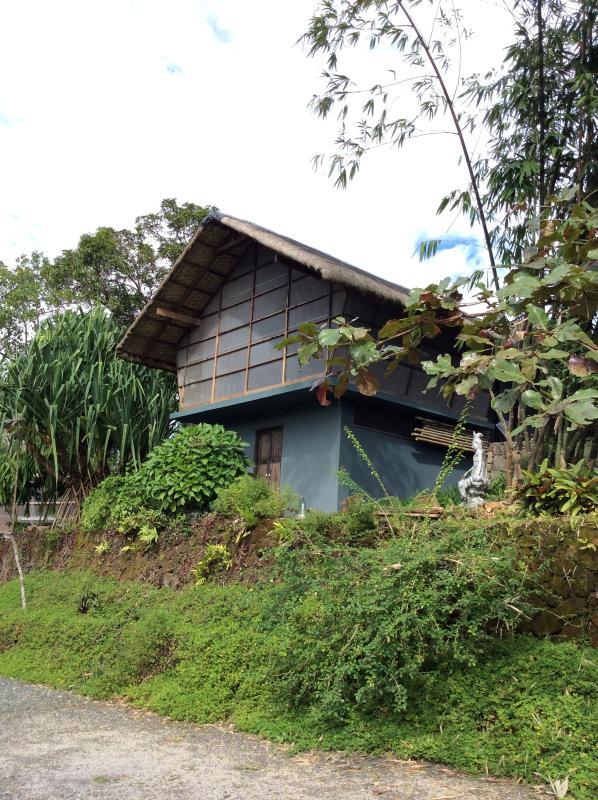 2 storey cottage - a cottage in the garden - Tagaytay - rentals