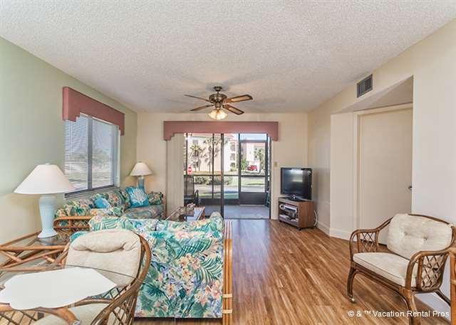 """living room - Ocean Village K11, Ground Floor, Corner, Newly Updated 40"""" HDTV - Saint Augustine - rentals"""