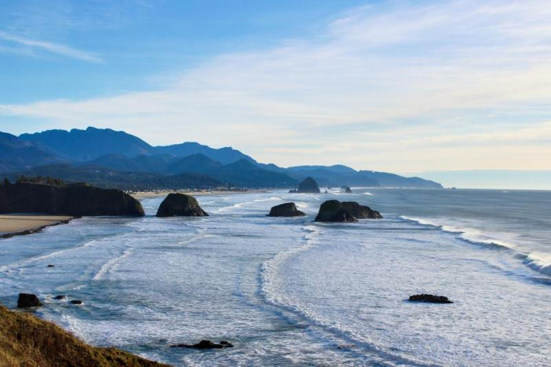 Beaches: Pirates Cove Cabana 8 - Image 1 - Cannon Beach - rentals
