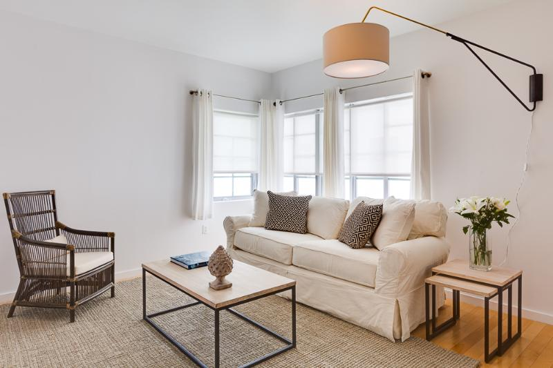 One of our One Bedrooms - Living Room - South Beach Ccndos - YEAR leases only now! - Miami Beach - rentals