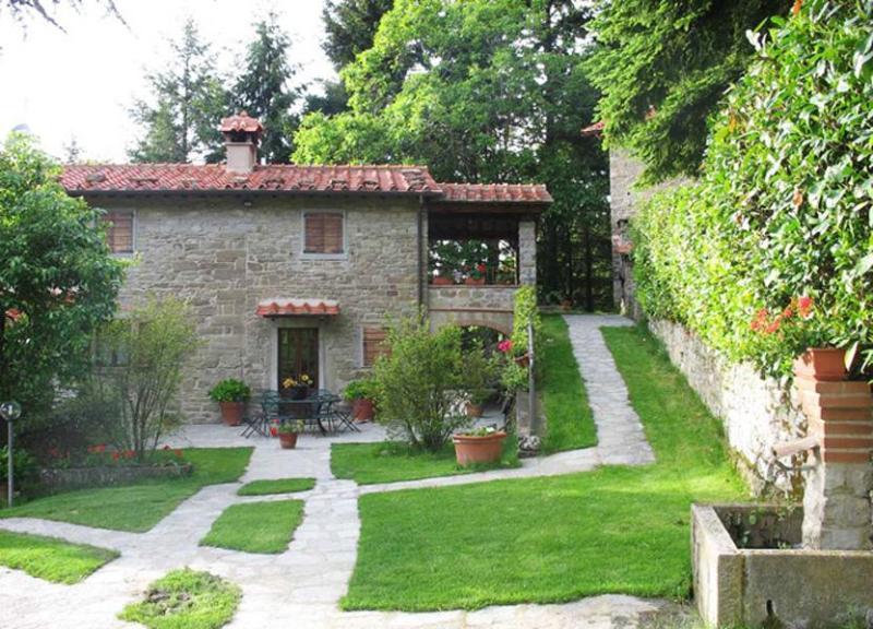 Front view of the villa - Villa Angiola - Cortona - rentals