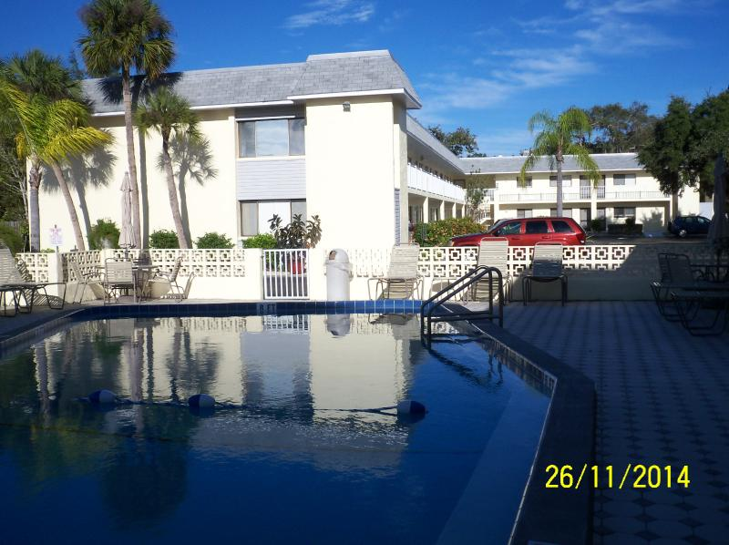 Heated pool in a quiet setting! - Luxury Condo 2 blocks from Siesta Key Beach - Sarasota - rentals