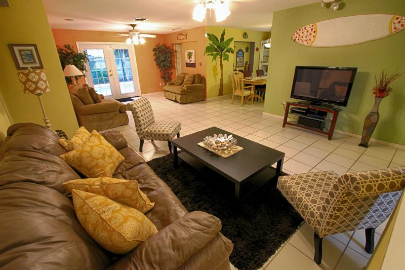 Beach Paradise Rental - October Specials - Image 1 - Clearwater - rentals