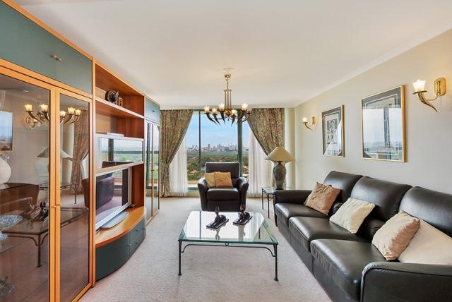 Executive Apartment in Heart of Chatswood - Image 1 - Chatswood - rentals