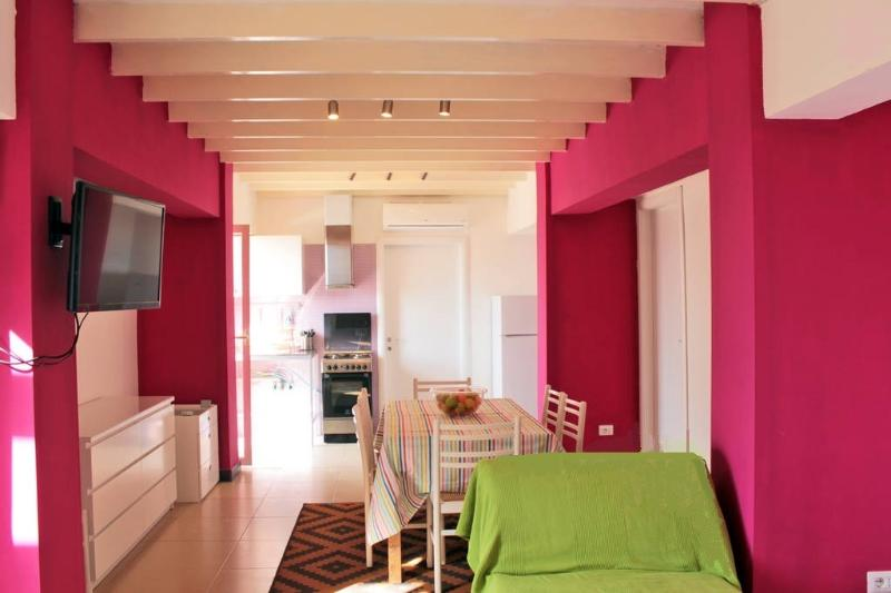 Living room - Seafront 2-bedrooms apartment with panoramic view! - Giardini Naxos - rentals