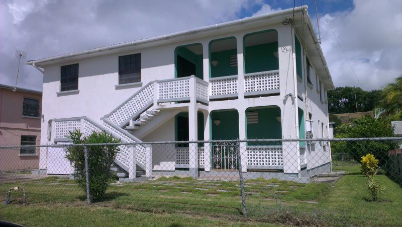 Rosruapts - Large 3 bed apt 5 minutes walk to the beach - Maxwell - rentals