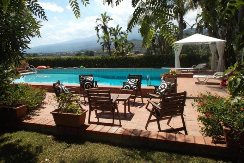 Villa Taormina Taromina Villa with pool, Villa to let near Taormina, Villa with - Image 1 - Taormina - rentals
