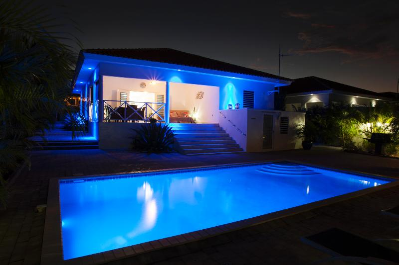 villa with private pool for rent on Curacao - Image 1 - Willemstad - rentals
