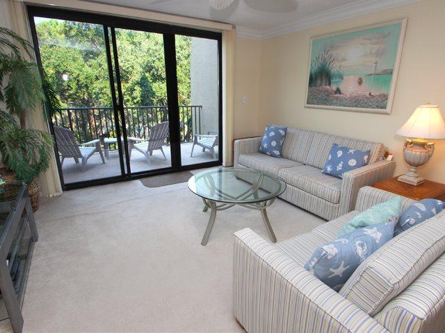 Living area - Island Club, 1403 - Hilton Head - rentals