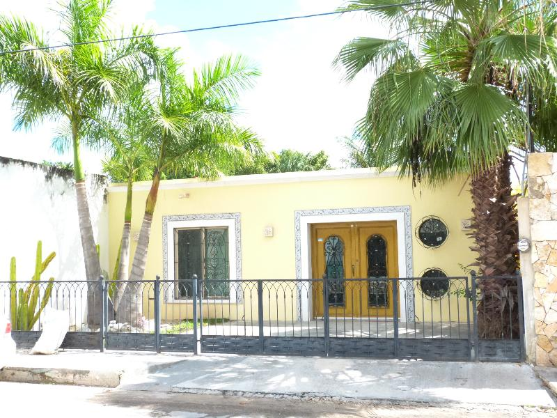 House Front with Off Street Parking - Cute Home With Pool in Merida, Yucatan - Merida - rentals