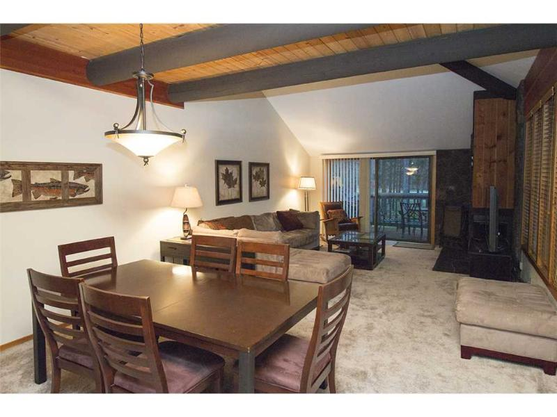 #54 Wildflower Condominium - Image 1 - Sunriver - rentals