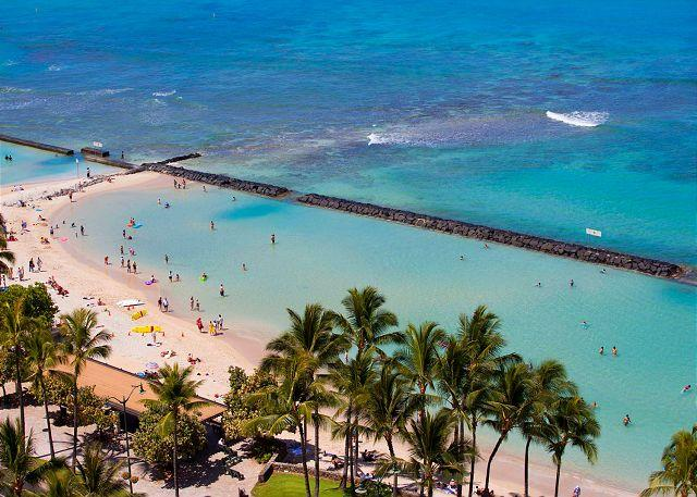 Across from Waikiki Beach has a giant seawall, wave-free pool! - Luxury Waikiki Ocean View 2/2 Condo with A/C, WIFI, pool, parking, sleeps 6! - Waikiki - rentals