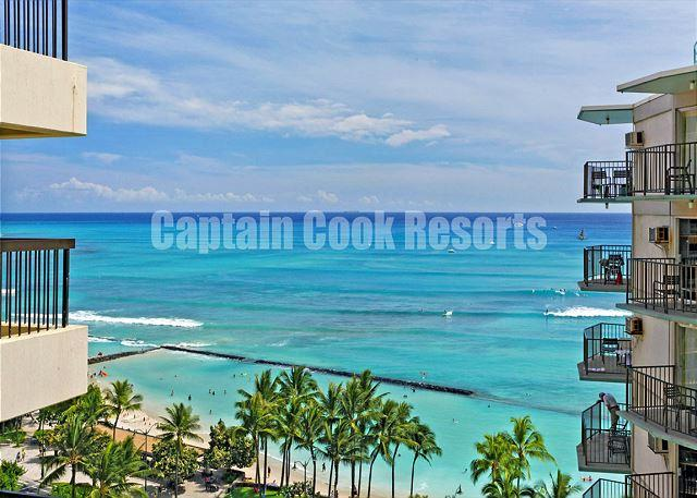 Directly across the street from world famous Waikiki Beach - Luxury Waikiki Ocean View 2/2 Condo with A/C, WIFI, pool, parking, sleeps 6! - Waikiki - rentals