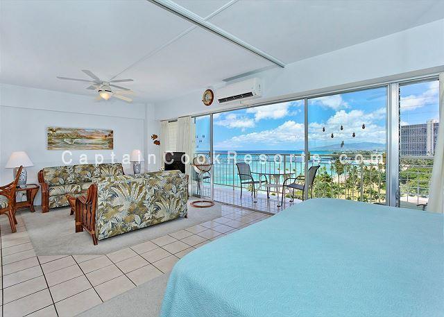 Beachfront 1-bedroom, full kitchen, washer/dryer, A/C, WiFi, sleeps 4. - Image 1 - Honolulu - rentals