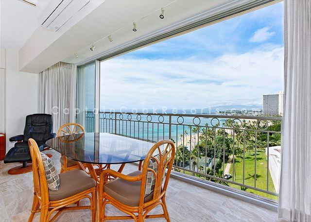 New whisper-quiet split A/C - Beachfront, sweeping ocean views!  Newly remodeled, A/C, Parking, Washlet! - Waikiki - rentals