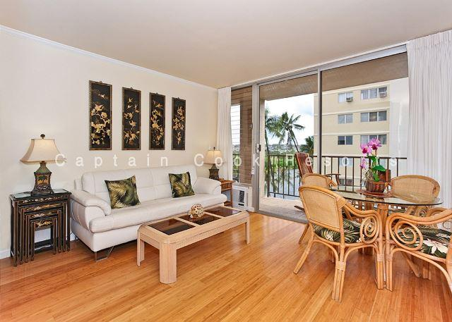 Ala Wai Canal Views!  A/C, washer/dryer, dishwasher, WiFi, parking. - Image 1 - Waikiki - rentals