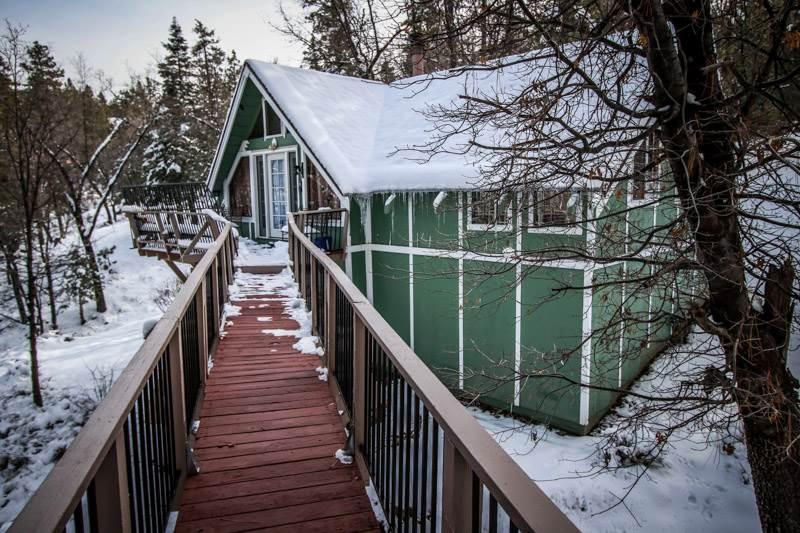 Moonridge Oak Retreat #989 - Image 1 - Big Bear City - rentals