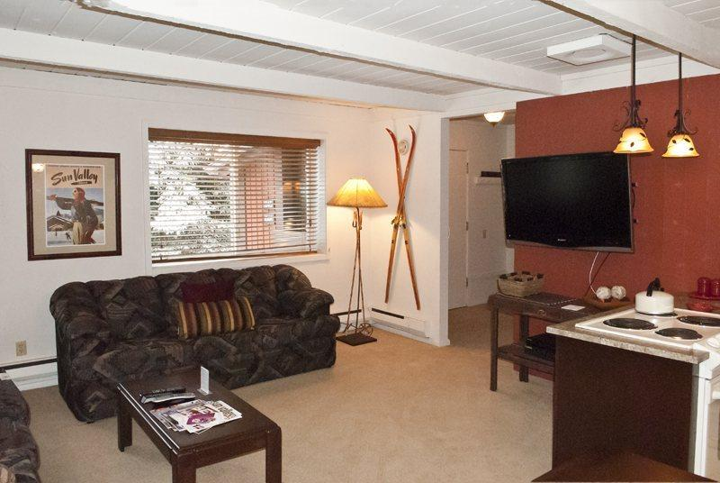 Open living area  - Atelier #1045, Sun Valley - Updated 2-bedroom condo in Sun Valley; - Sun Valley - rentals