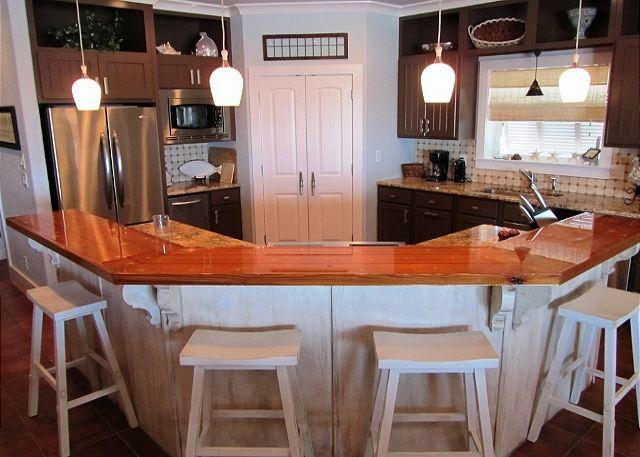 Must See Inside! 'Mar Tortuga' Gorgeous Beachfront Home - Image 1 - Gulf Shores - rentals