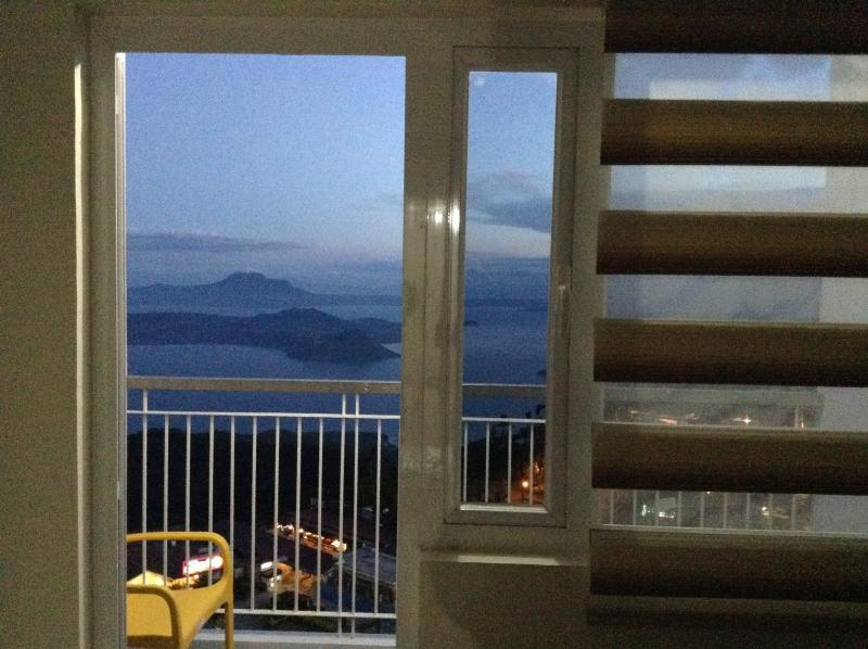 Night time view from apartment - Blowing in the Wind - Taal Lake views - Tagaytay - rentals