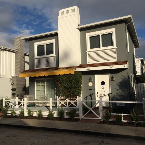 A great place for a year-round visit - Balboa Island Charmer, Walk to Bayfront - Balboa Island - rentals