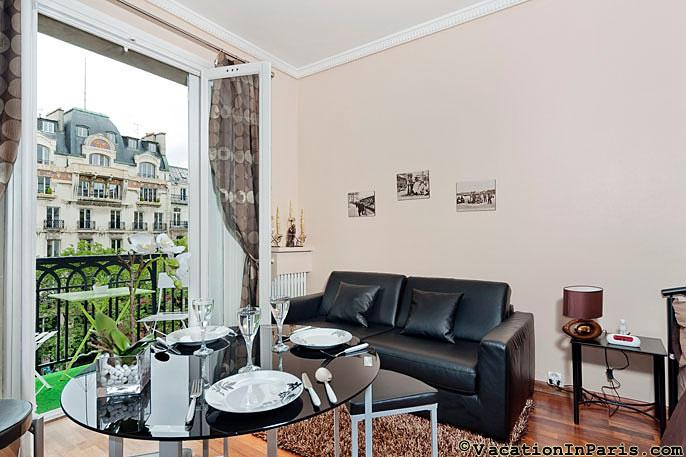 Madeleine Delight Studio with Balcony! - ID# 281 - Image 1 - Paris - rentals