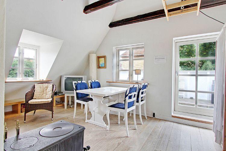 Villa Vanloese Apartment - Copenhagen apartment with balcony and garden - Copenhagen - rentals