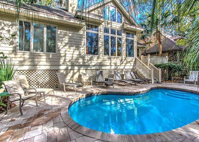 Exterior - 5 Troon - Beautiful 5 Bedroom Home - Sleeps 10. Quick Walk to the Beach. - Hilton Head - rentals