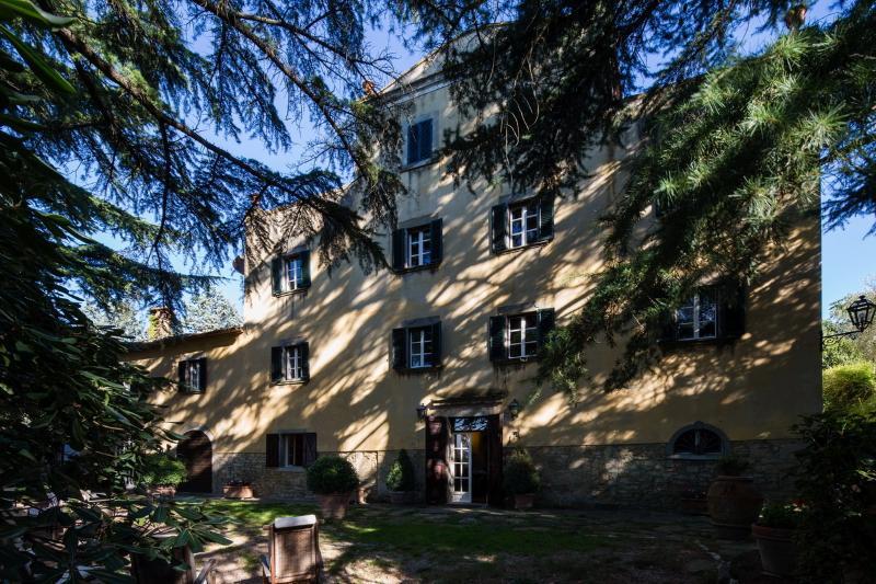 Beautiful Vacation Rental at Villa il Castagno in Cortona - Image 1 - Cortona - rentals