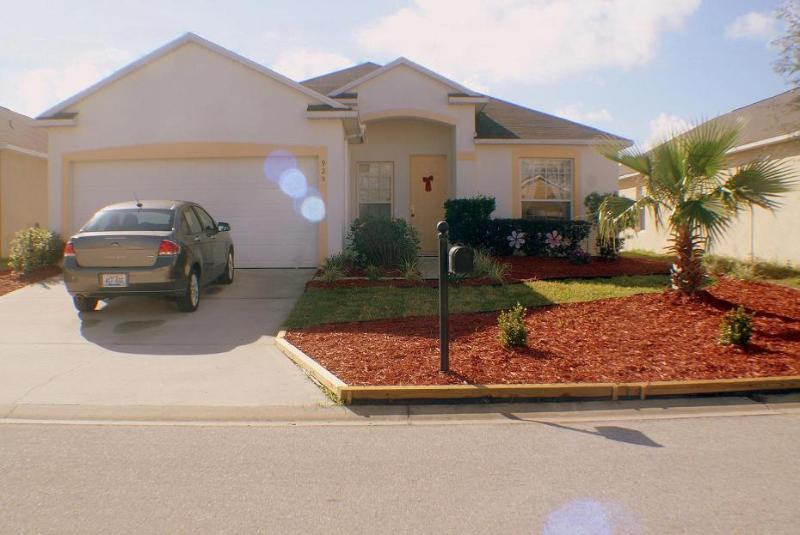 Beautiful Holiday Home with pool and hot tub!! - Image 1 - Davenport - rentals