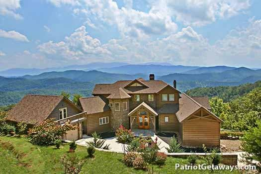 GRANDE MOUNTAIN LODGE - Image 1 - Pigeon Forge - rentals