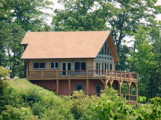 High Haven Cabin -- Minutes from Zip Lining and the Great Smoky Mountain Railroad - High Haven Cabin – Large Mountainside Rental with an Unforgettable View, Wi-Fi, and a Pool Table – Just 5 Miles from the Great Smoky Mountains Railroad - Bryson City - rentals