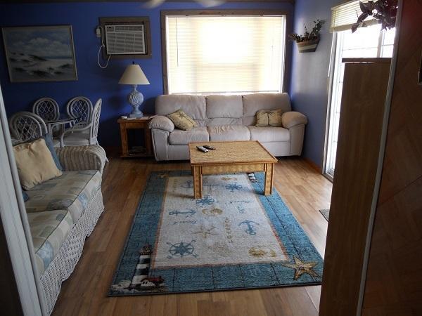Living Room - Rodney Dunes Pier 12 W/Balcony Just Steps To Beach - Dewey Beach - rentals