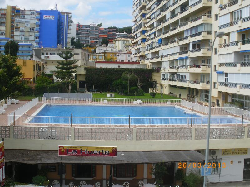 Front of property - Apartment Nucleo Cristal - Torremolinos - rentals