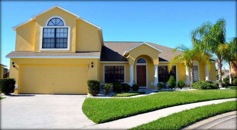Relaxing 5 bedroom Legacy Park home with amazing sunset views - Close to Disney! WTC247 - Image 1 - Davenport - rentals