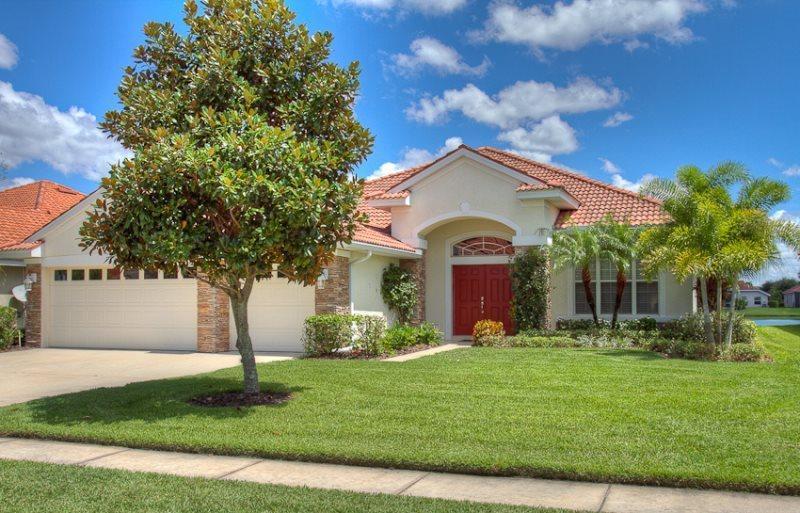 (ML01) Beautiful spacious home close to University Parkway. - Image 1 - Bradenton - rentals