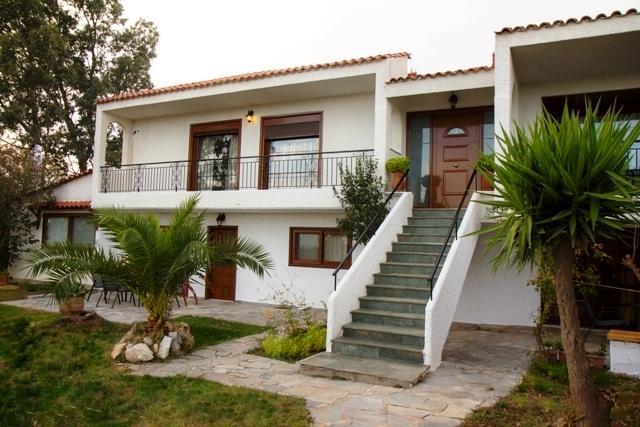 Country Villa Anastasia Flat 1 - Sleeps 8 - RAFINA Attica - VILLA Flat 1. Slps 8. Sea View - Rafina - rentals