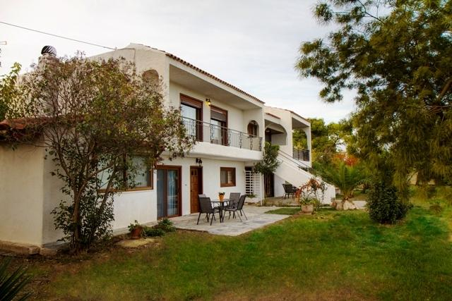 Villa and part view Garden - RAFINA Attica-VILLA. Flat 2&3  Slps 4. Sea View - Rafina - rentals