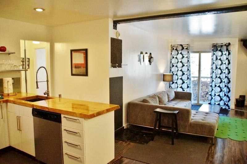 Fab Modern Mountain Retreat: Urban Design, Steps from Canyon Lodge - Listing #329 - Image 1 - Mammoth Lakes - rentals