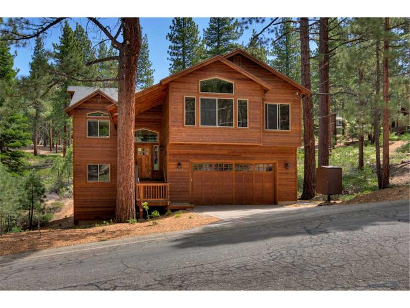 Luxury Mountain Home with Private Hot Tub, Steam Shower and Full Amenities (ME24) - Image 1 - South Lake Tahoe - rentals