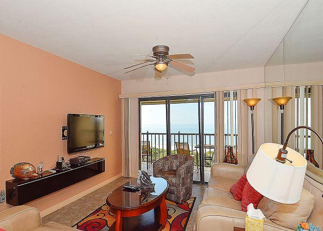 Living Room - Land's End #405 building 11 - Beach Front - Treasure Island - rentals