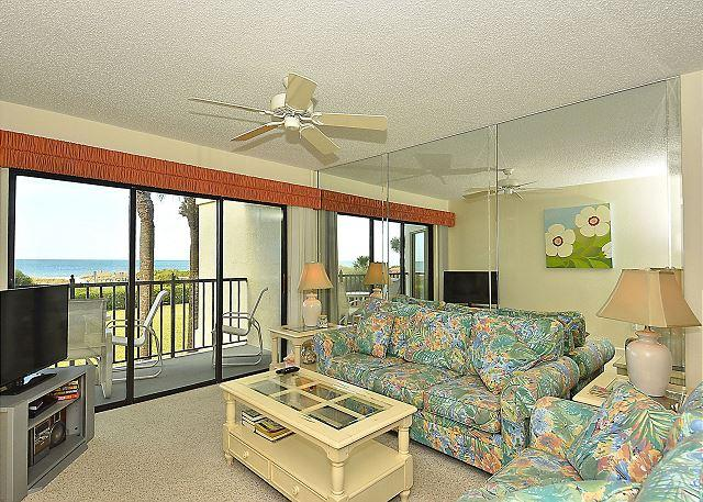 Living Area - Land's End #203 building 7 - Beach Front - Treasure Island - rentals