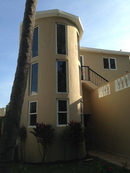 from the street side - OCEANFRONT FAMILY HOME -NEWLY RENOVATED - Costambar - rentals
