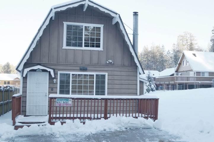 Nestled on Elm Street - Image 1 - Big Bear Lake - rentals