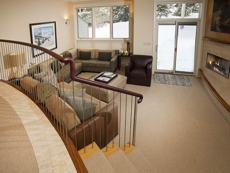 Enjoy an easy walk to the Chair Lift #20 from this gorgeous vacation condo in Vail along Gore Creek. - Image 1 - Vail - rentals