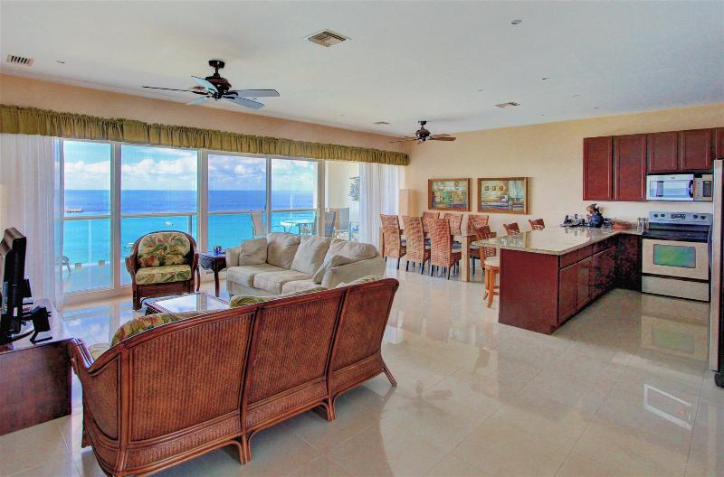 Open floor plan, wall to wall glass brings Caribbean inside.  Stunning views. - Top Floor View!!  See Pics.  5++++star reviews, - Cozumel - rentals